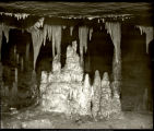 Marengo Cave interior, showing stalactites and stalagmites