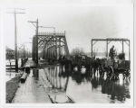 1913 Muncie, Indiana flood, High Street bridge