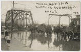 1913 Muncie, Indiana flood, Wheeling Avenue bridge