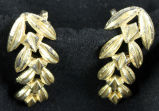 Earrings - Gold climbing leaf
