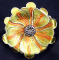 Pin - Golden flower brooch
