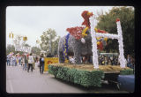Ball State University Homecoming parade float, 1977