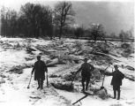 Eaton - ice harvesting on Mississinewa (3 men ice harvesting)