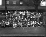 Muncie Home Hospital, 1128 S. Mulberry, Muncie, group photo with babies
